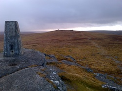 running trips with race easy, dartmoor, trail running, raceeasy